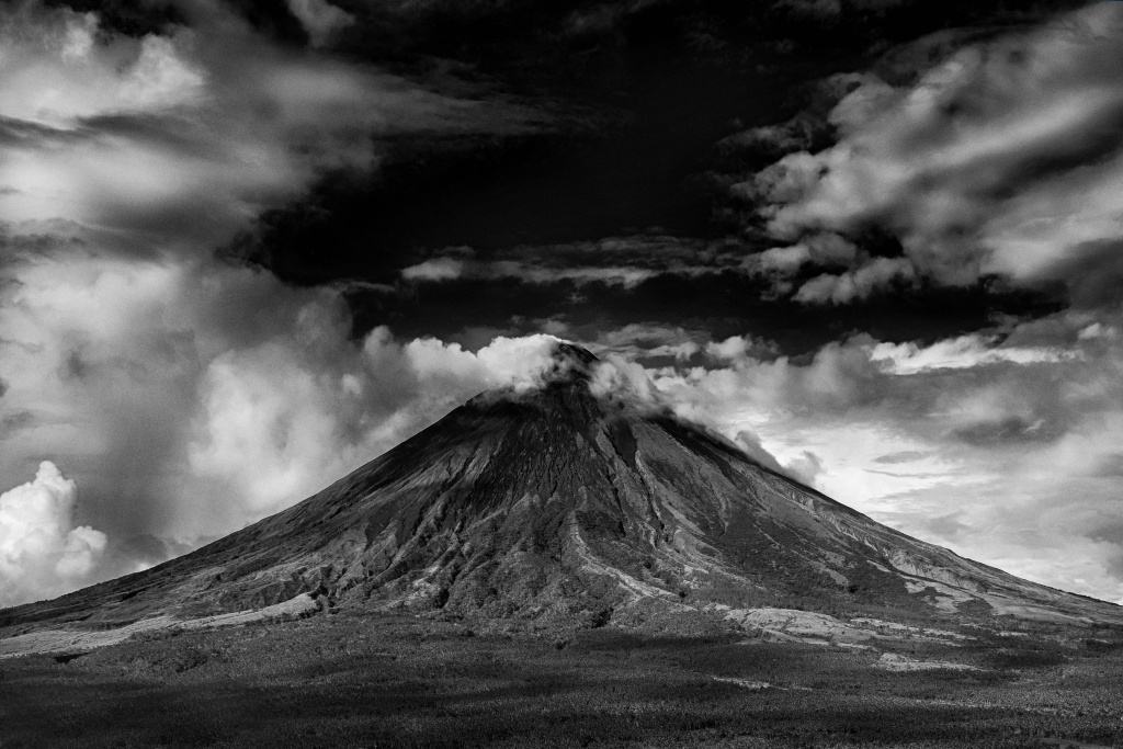 active-black-and-white-clouds-689451-1024x683