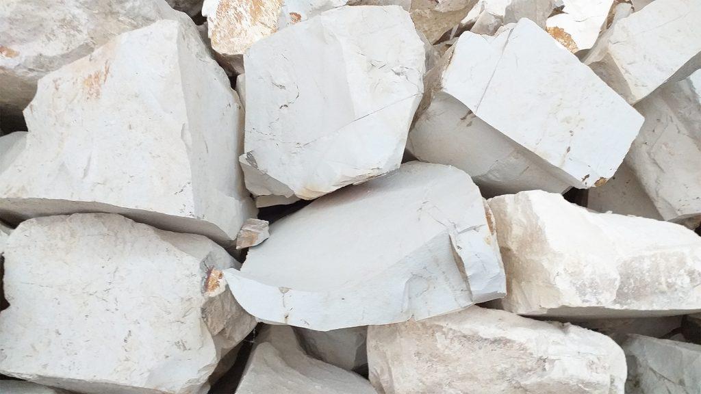 Prikaz kamenja prriodnog zeolita